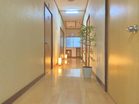 廊下からお部屋にお入り頂けます