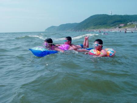 子供たちも楽しめる新舞子海水浴場