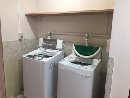 無料洗濯機2台
