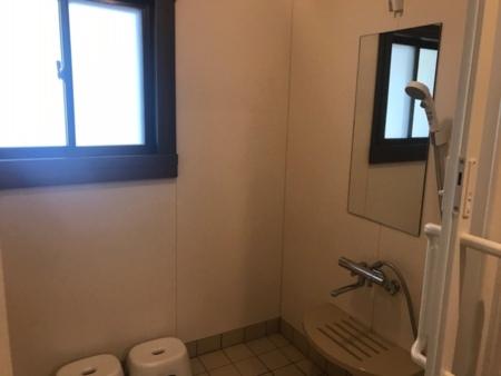 1階 車椅子用シャワー