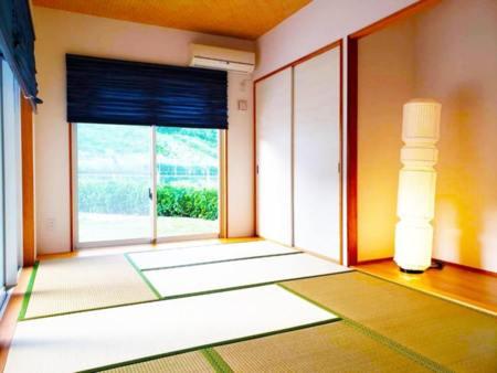 畳の香りが心地よい和室