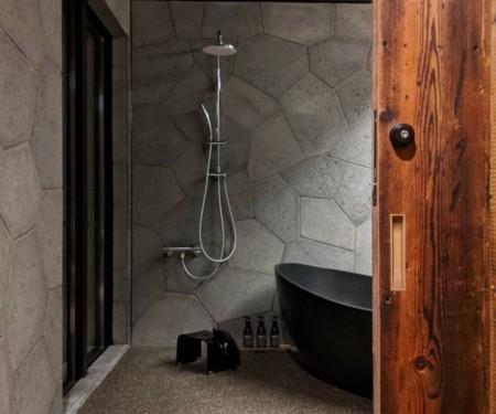 M棟・開放的で広いお風呂。