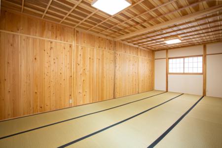 16畳の和室