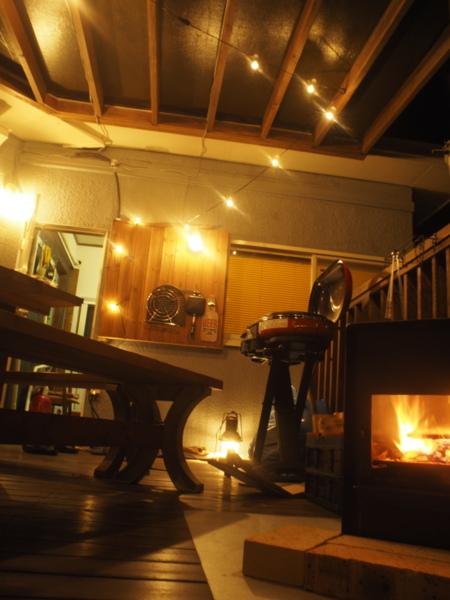 寒い夜はほっこり焚火など