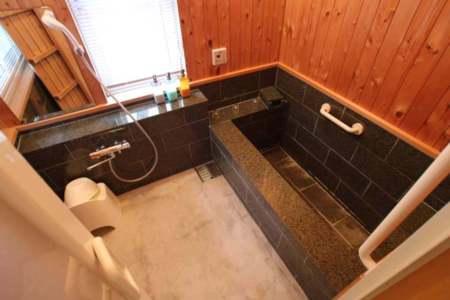 バスルーム(天然温泉引き込み済み)