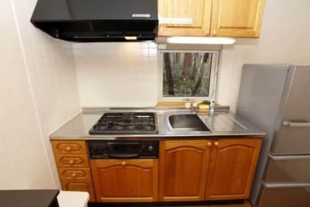 キッチン(調理器具や食器もございます)