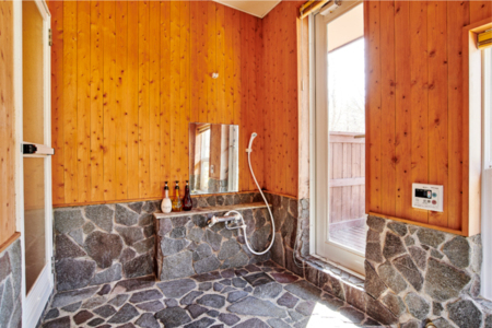 天然温泉引込済みバスルーム