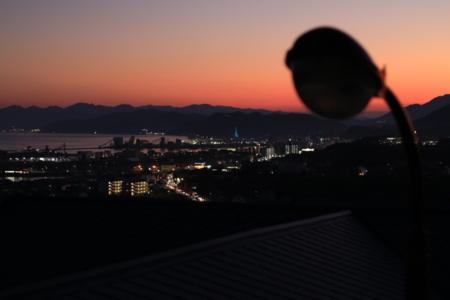 2階からの夕焼け空、夜景