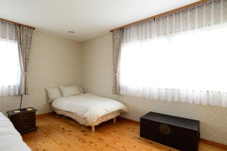 2F寝室1シングルベッド