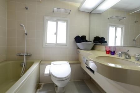 2Fシャワー・トイレ・洗面