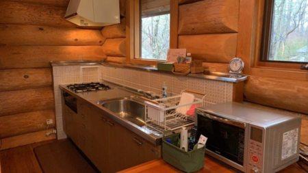 I型キッチン 緑を眺めながらお料理
