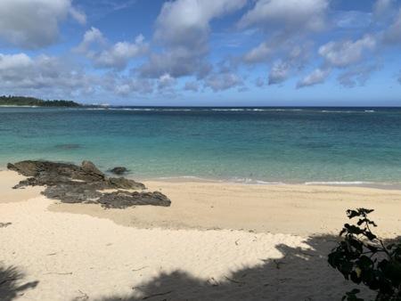 徒歩5分の場所にビーチがあります
