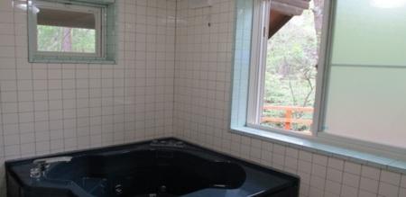 お風呂はジェットバス設置