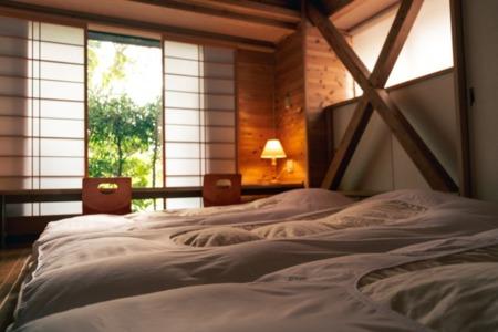 1階奥の寝室