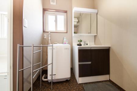 1階洗面所、洗濯機