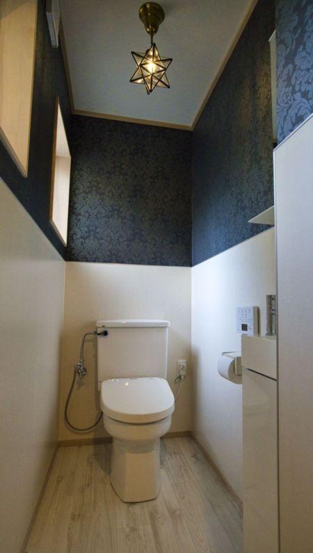 ウォシュレット付きの綺麗なトイレです。