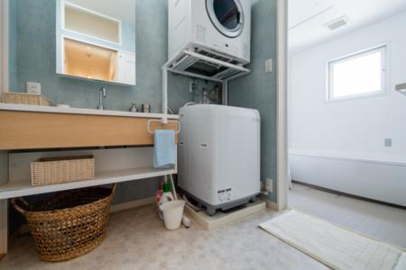 洗面台、乾燥機付洗濯機も2か所あります