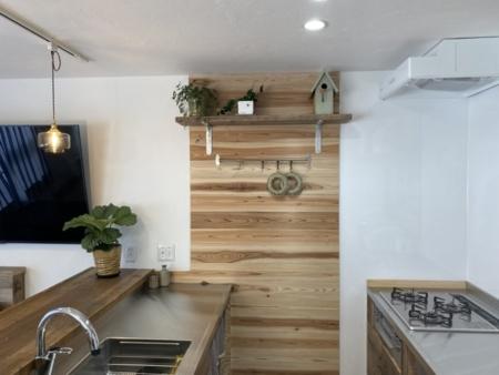 ステンレスと古木のDIYキッチン