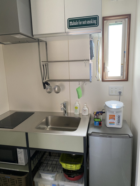 キッチン兼洗面兼脱衣室