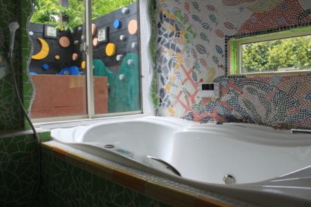 1階バス モザイクタイル 温泉