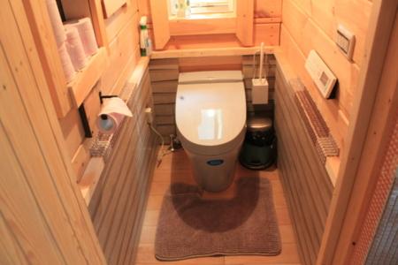 1階可愛いトイレ