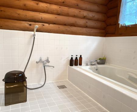 清潔でリラックスできるバスルーム
