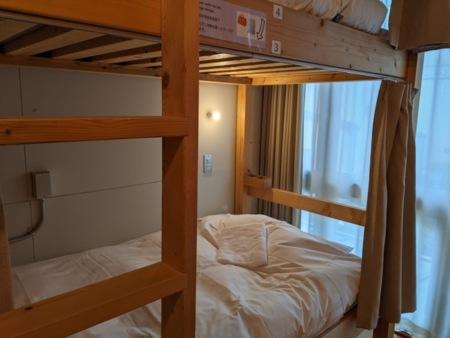 2段ベッドでも快適に寝れます