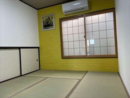 6畳和室、エアコン、テレビあります