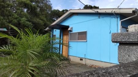 どこか懐かしい?!青い平屋の一軒家です
