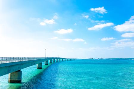 伊良部大橋からの景色は絶景です!