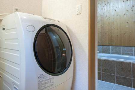 ドラム式洗濯乾燥機です。