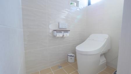 日差しが気持ち良いトイレ